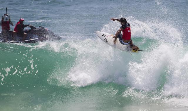 michel bourez quiksilver pro gold coast 2014 ronda 3