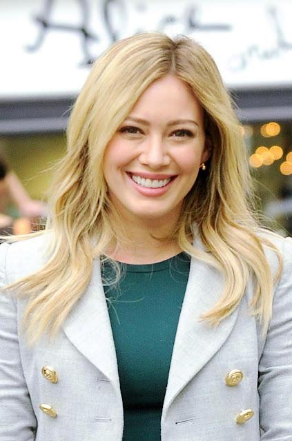 Hilary Duff debe elegir entre la actuación y la música.