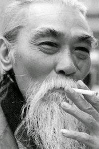 Họa sỹ sáng tác huy hiệu Đoàn Huỳnh Văn Thuận