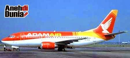 Foto Kecelakaan Pesawat Adam Air Pesawat Maskapai Adam Air