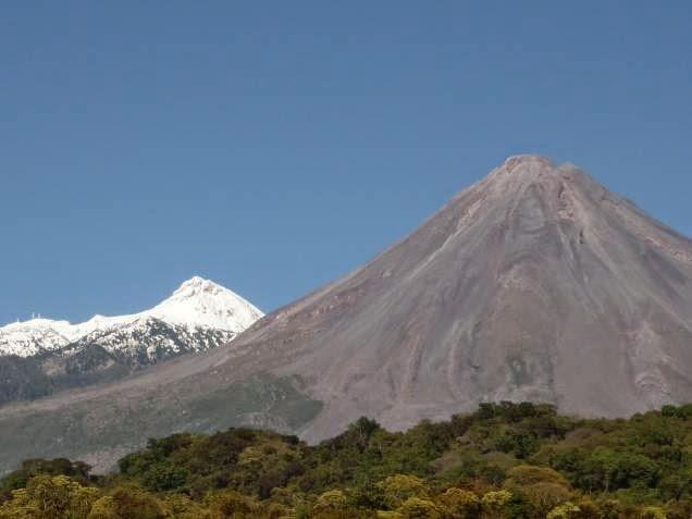 Volcán y nevado de Colima