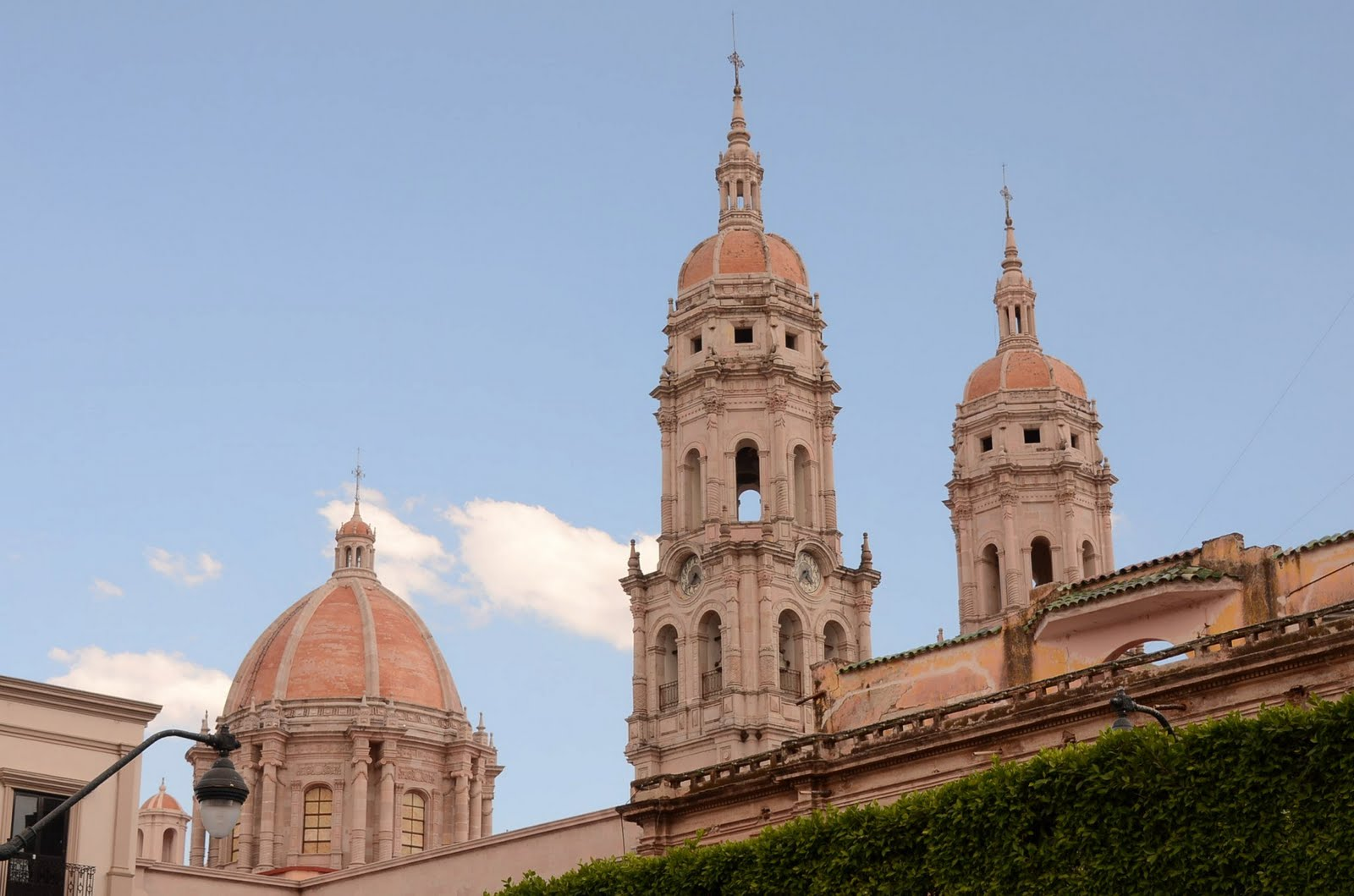 Jaime Ramos M  ndez  Templo parroquial de Santiago Ap  stol en