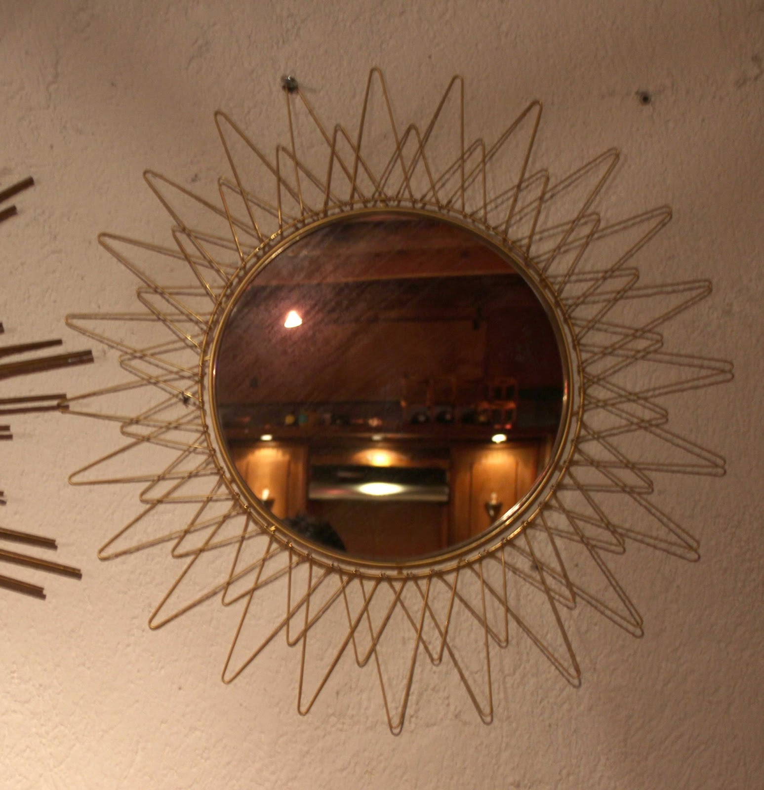 Chicbaazar objets vintage 50 60 70 miroir soleil rayons for Miroir annees 50