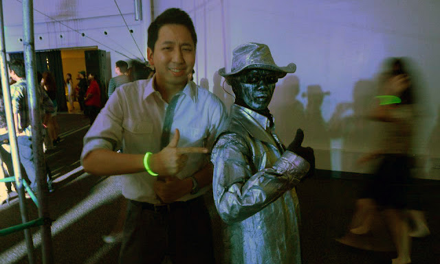 Walking Statue in Decagon!
