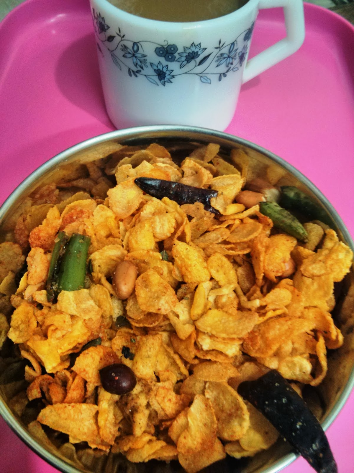 Crispy and crunchy snack made from Cornflakes