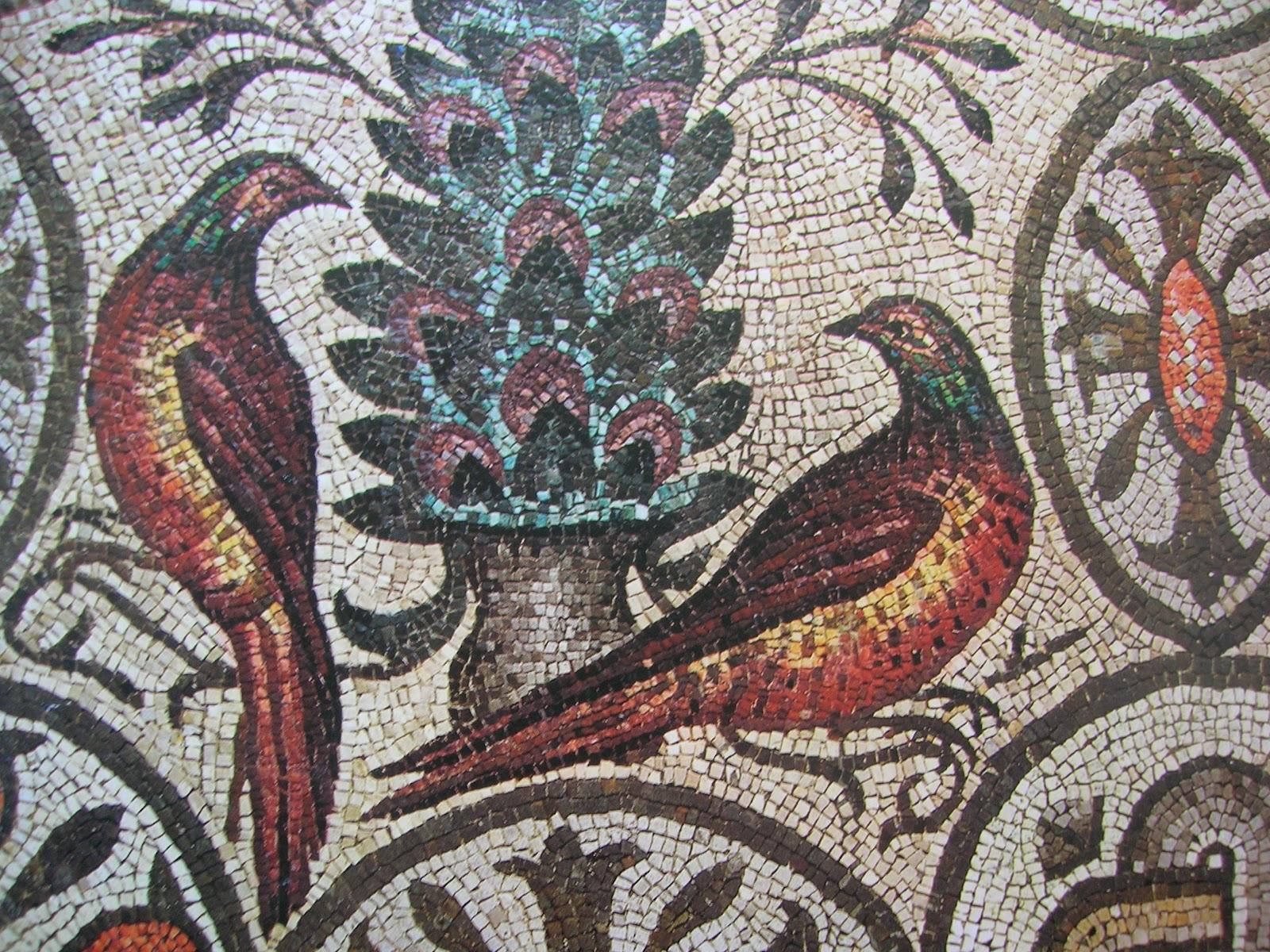 Historia del arte colegio la ense anza medellin pintura for El mural de mosaicos