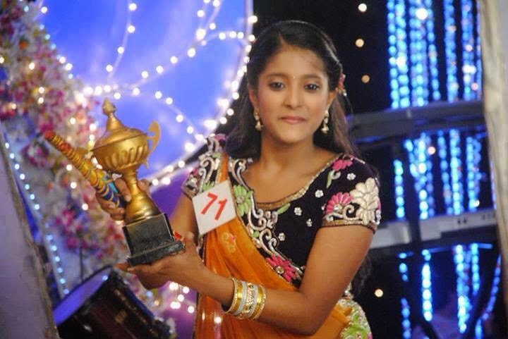 ulka gupta cuteUlka Gupta 2014
