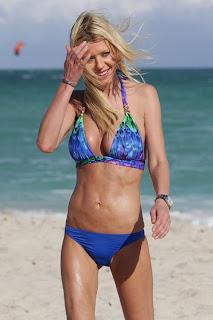 English: Tara Reid Blue Bikini Miami