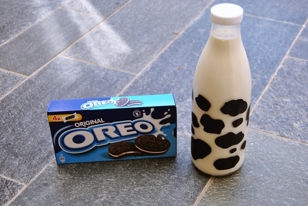 oreo milkshake drink homemade recipe
