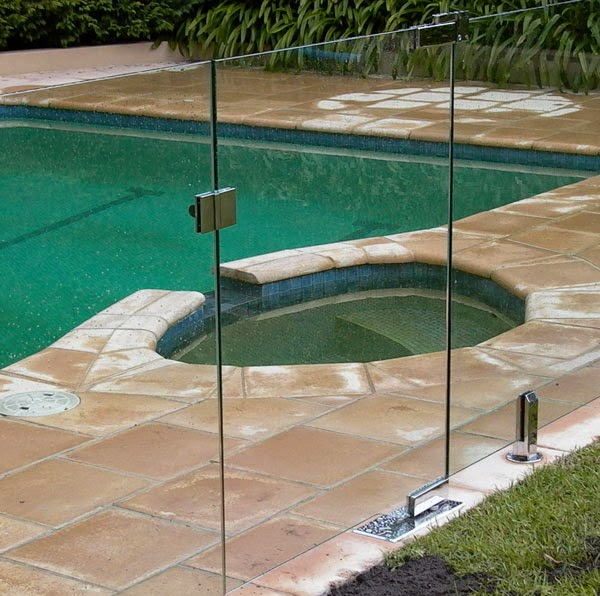 Glass pool fence gates for Glass pool gate