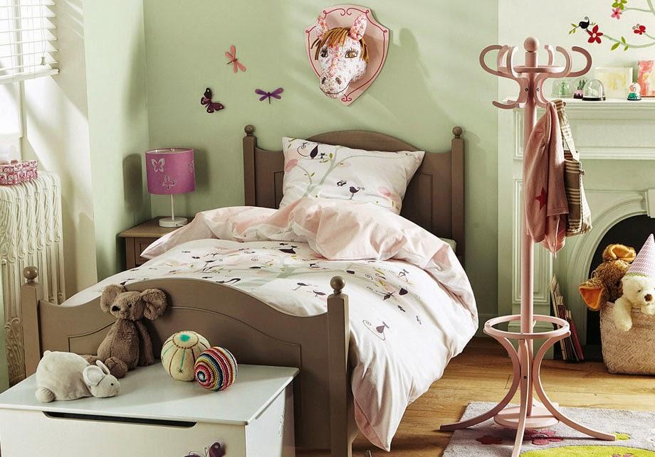 Gambar desain kamar anak tema teddy bear