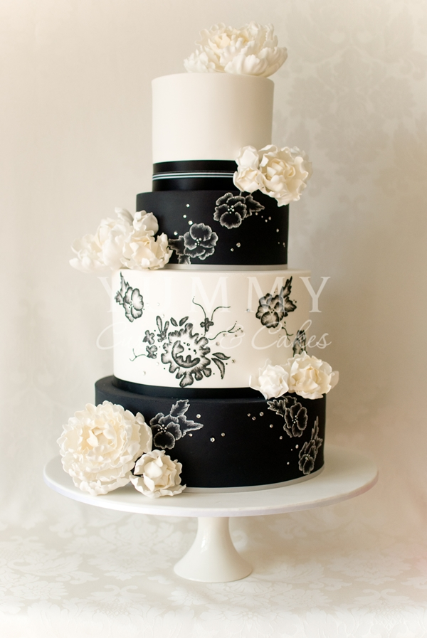 wedding cakes black and white. Black Bedroom Furniture Sets. Home Design Ideas