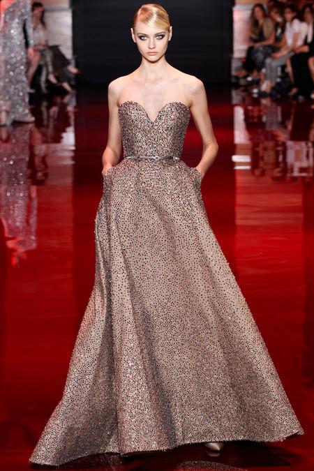 Платье с модных показов 188
