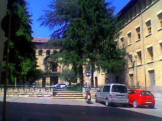 Plaza de la Constitución en Barbastro (Somontano, Huesca, Aragón, España)