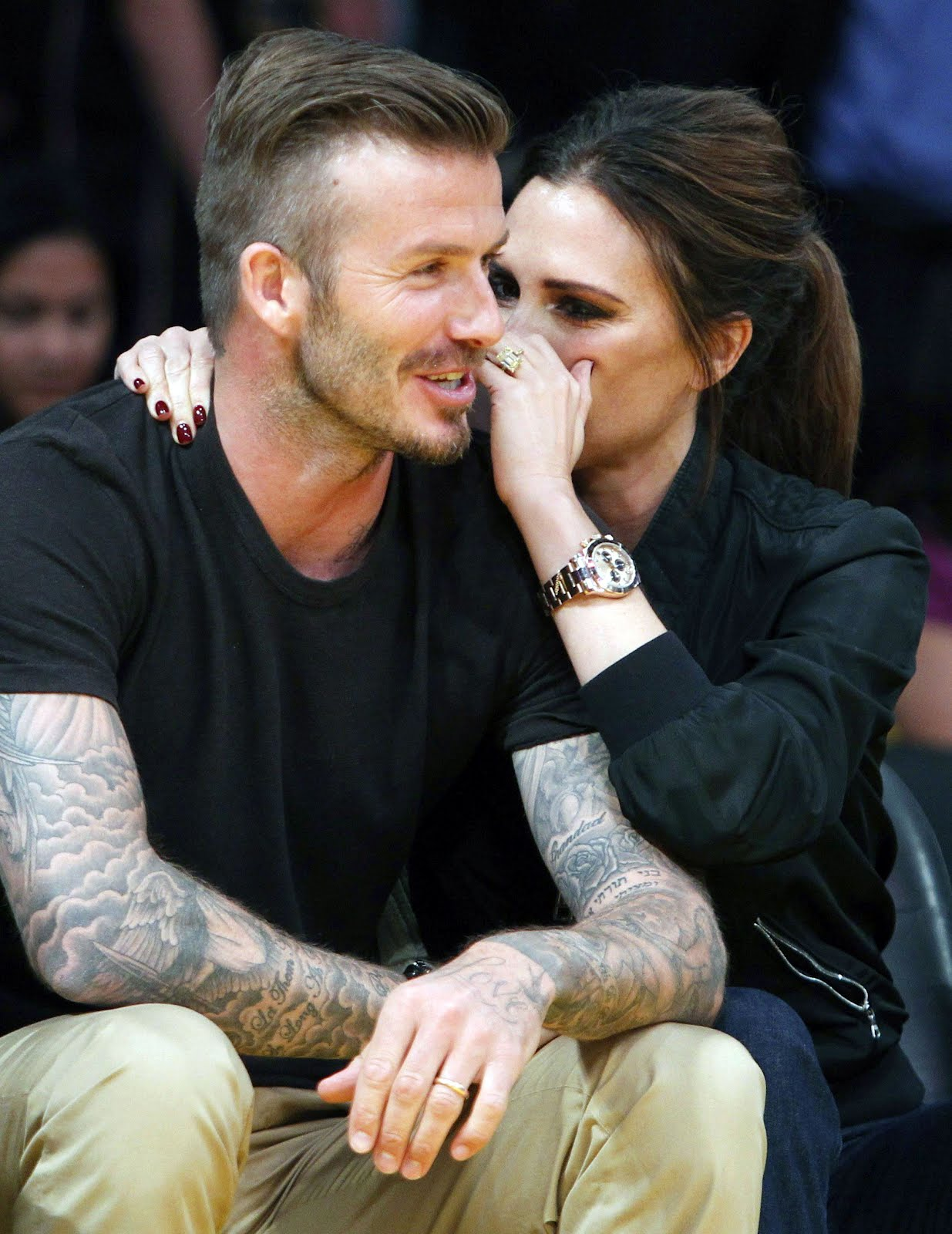 http://1.bp.blogspot.com/-gTLwMwETFR8/T6T7Ou0swVI/AAAAAAAAPzM/rXBL-CHa3jY/s1600/David-and-Victoria-Beckham-Rolex-DEEPSEA-at-LA-Lakers-Game.jpg