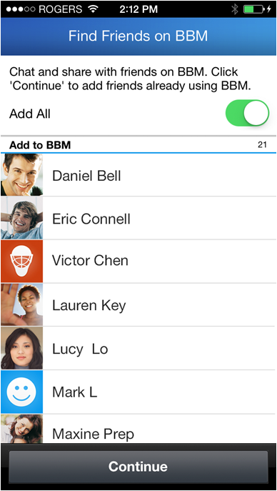 A partir de hoy*, BBM incorporará la función Encontrar Amigos, una herramienta para encontrar fácilmente amigos y colegas que usen BBM en dispositivos Android y iPhone. Sabemos que los usuarios de BBM querían una función como esta, por eso nos complace anunciar que estará disponible en la actualización más reciente de BBM para iPhone y para Android. Encontrar Amigos detectará qué contactos guardados en la libreta de direcciones del Smartphone tienen BBM y permitirá que el usuario les envíe una invitación PIN al instante. Si algunos contactos aún no tienen BBM, será posible enviarles una invitación por correo electrónico o