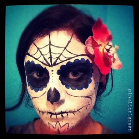 pinklittlebean: Halloween - Day of the Dead Skull Face Paint ☠