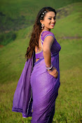 Ester Noronha latest Sizzling photo2-thumbnail-4