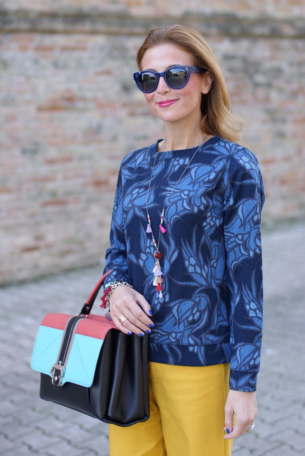 Paula Cademartori Faye best bag, Faye handbag, yellow pants and Hype Glass on Fashion and Cookies fashion blog