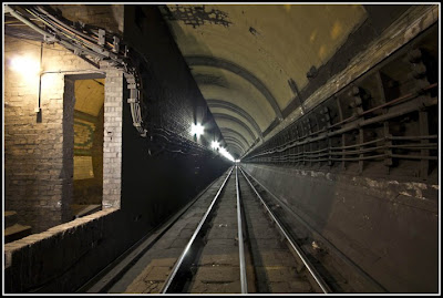 鬧鬼地鐵站 觀光