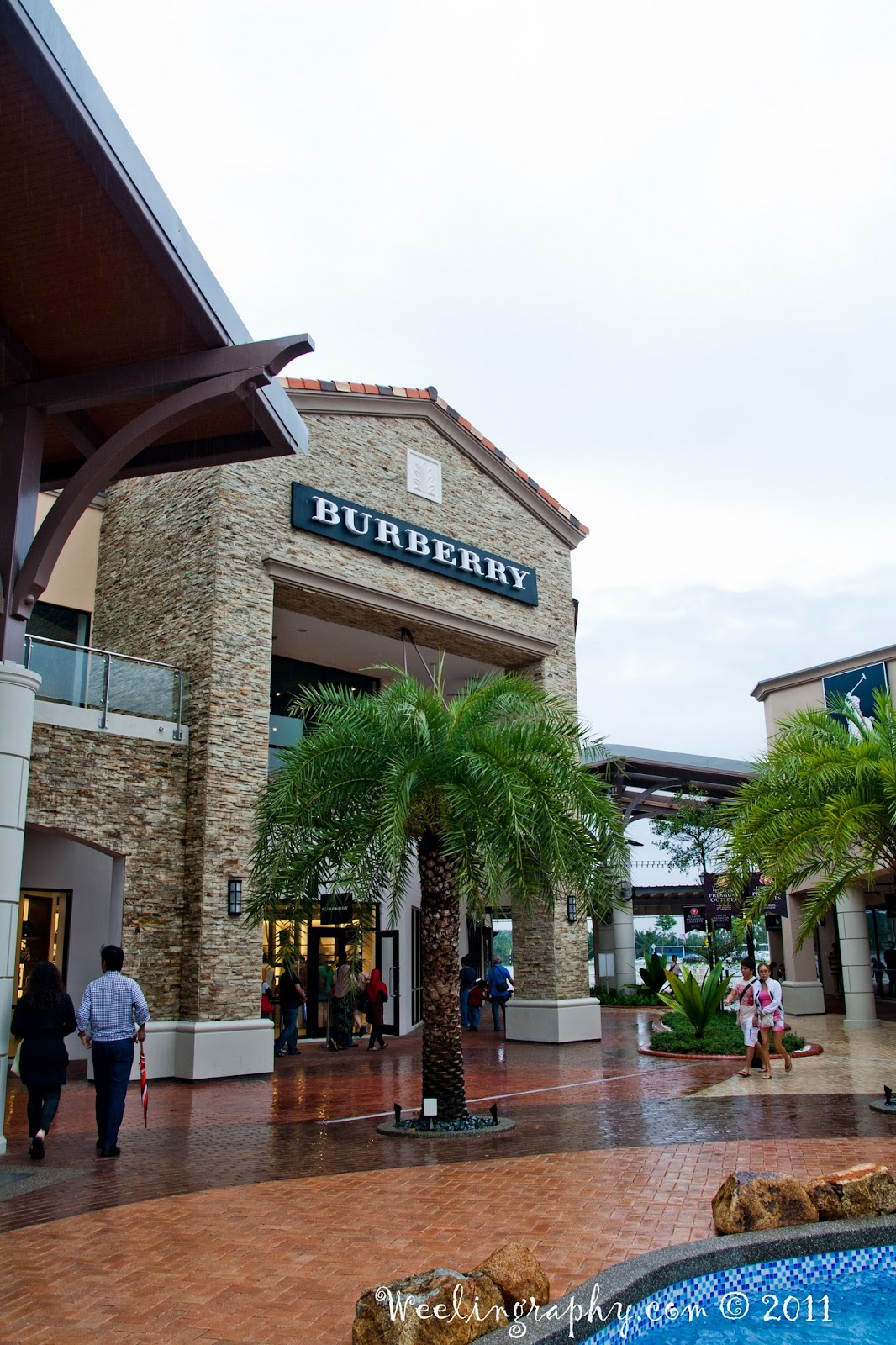 burberry cabazon outlet ryzw  Johor Premium Outlets Burberry