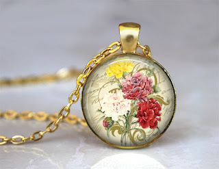 Digital Photo template for gold pendant