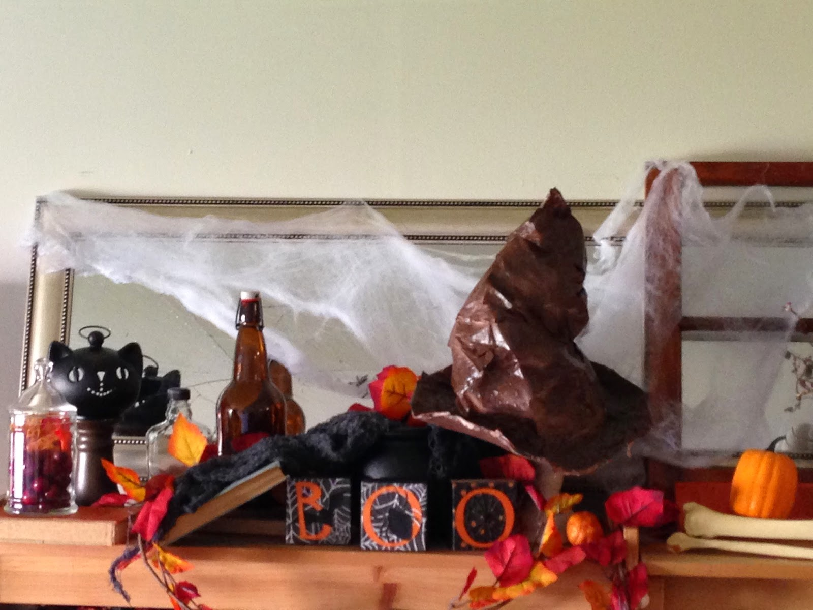 Halloween Home Display...by my nine-year old! See her creative genius! #halloween #homedecor #decorations