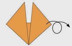 Bước 4: Lặt mặt đằng sau tờ giấy lại.