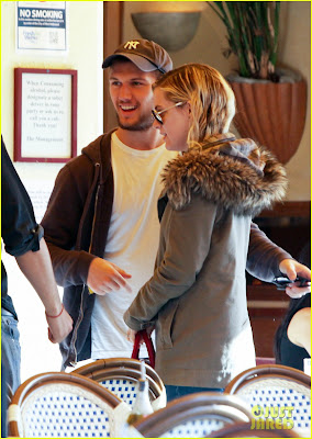Alex Pettyfer new Girlfriend