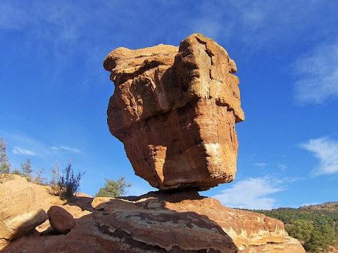 Steamboat Rock, Keseimbangan Batu Terbaik