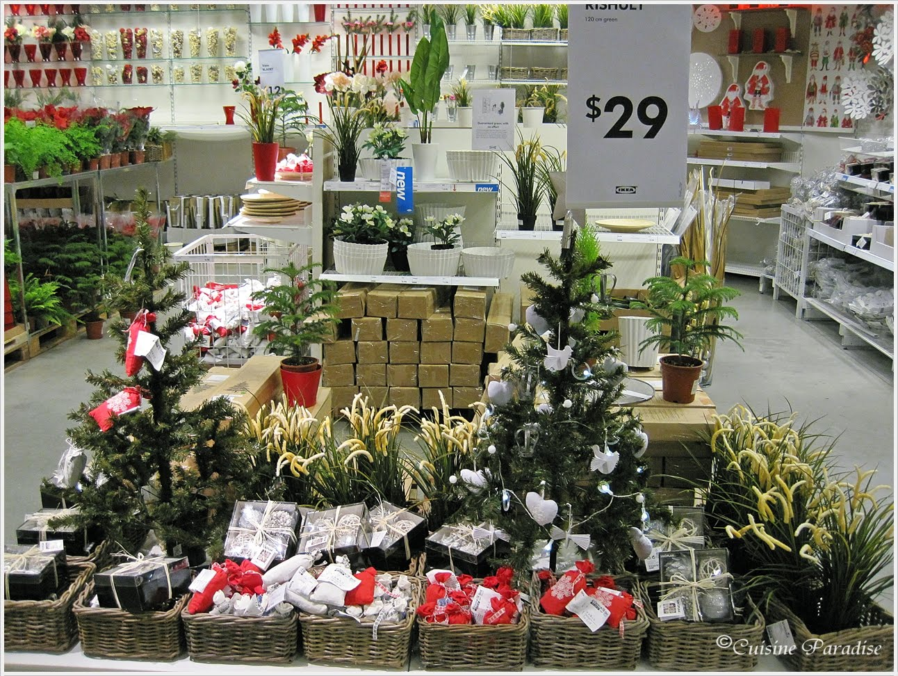 cuisine paradise singapore food blog recipes reviews and travel christmas at ikea. Black Bedroom Furniture Sets. Home Design Ideas