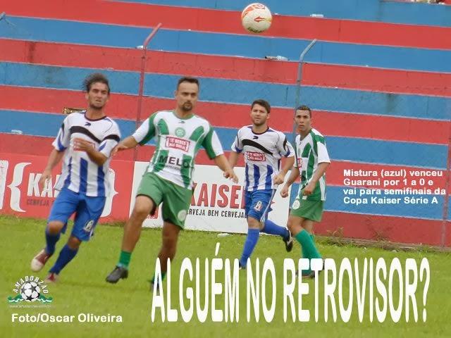 Mistura vence Guarani e chega a semifinal da Kaiser Série A.