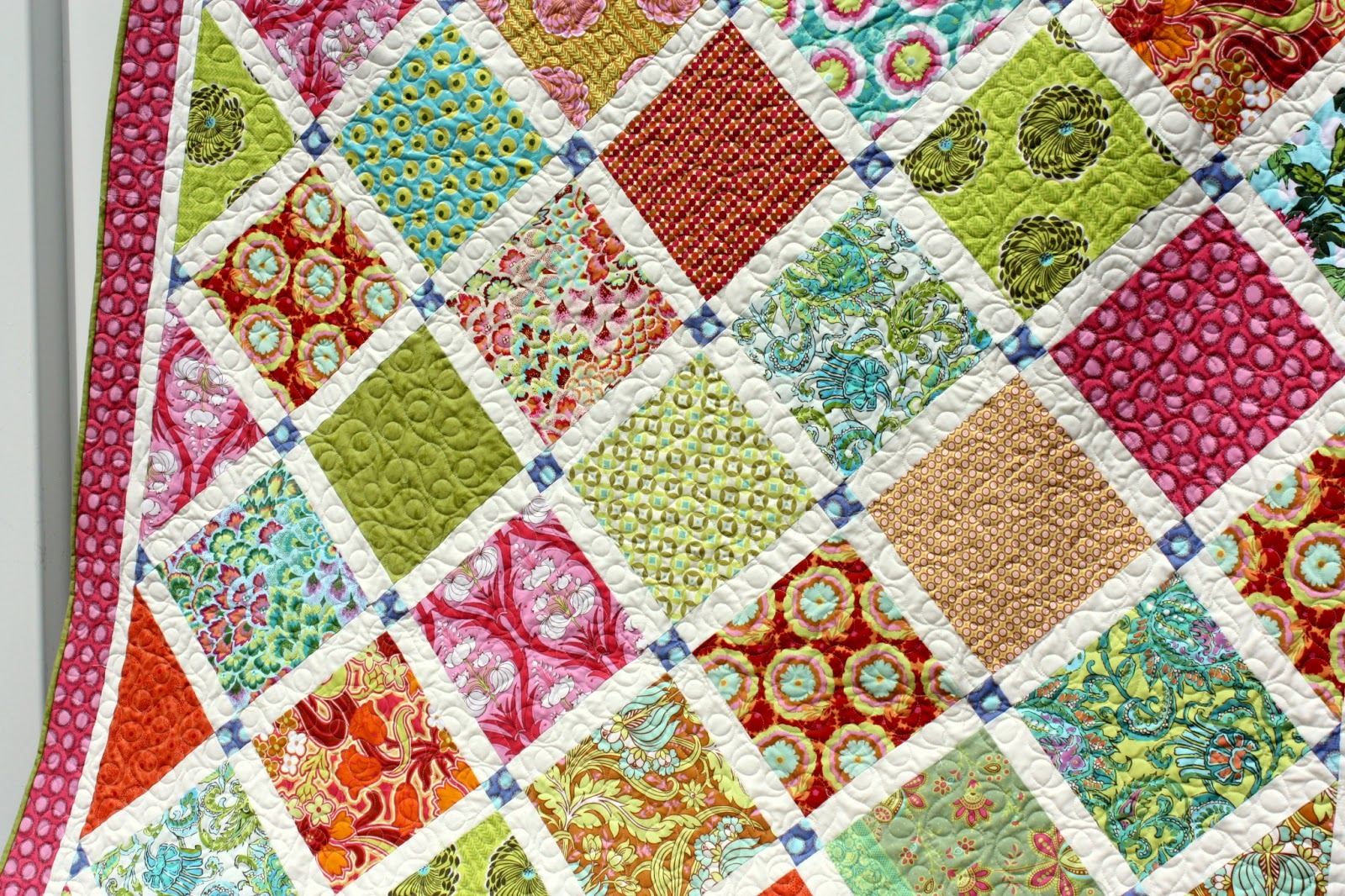 A Few Tips on Choosing Fabric - Virtual Quilting Bee part 2 - Diary of a Quilter - a quilt blog