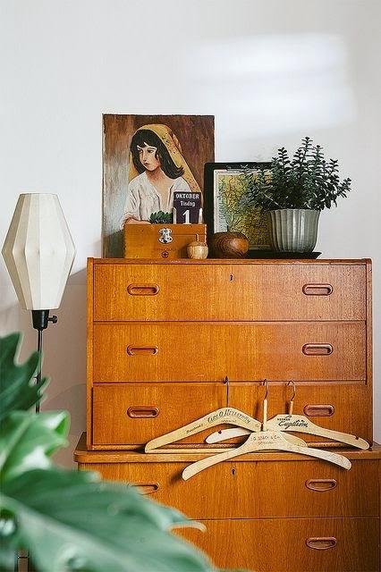 aparador danes alto vintage para piso pequeño