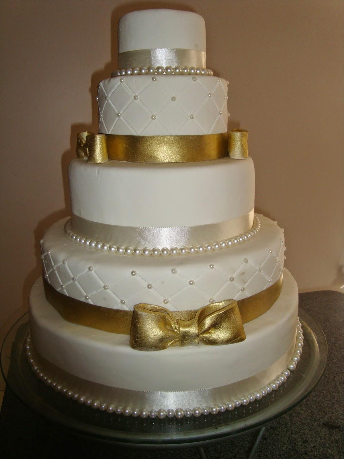 Elisa goulart bolos e doces bolo para festa de 15 anos bolo para festa de 15 anos aniversrio da luana altavistaventures Gallery