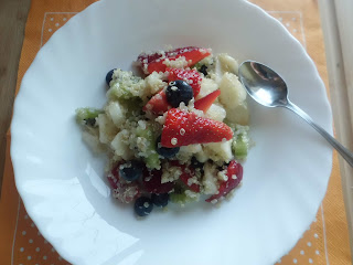 macedonia di quinoa e tanta voglia di sole!