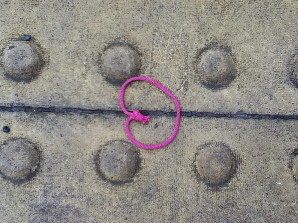 pink string in the form of heart found on Skinner Street in Clerkenwell, London