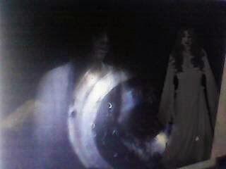 Ghost Camera: Penampakan Hantu Bikin Heboh Dunia Maya