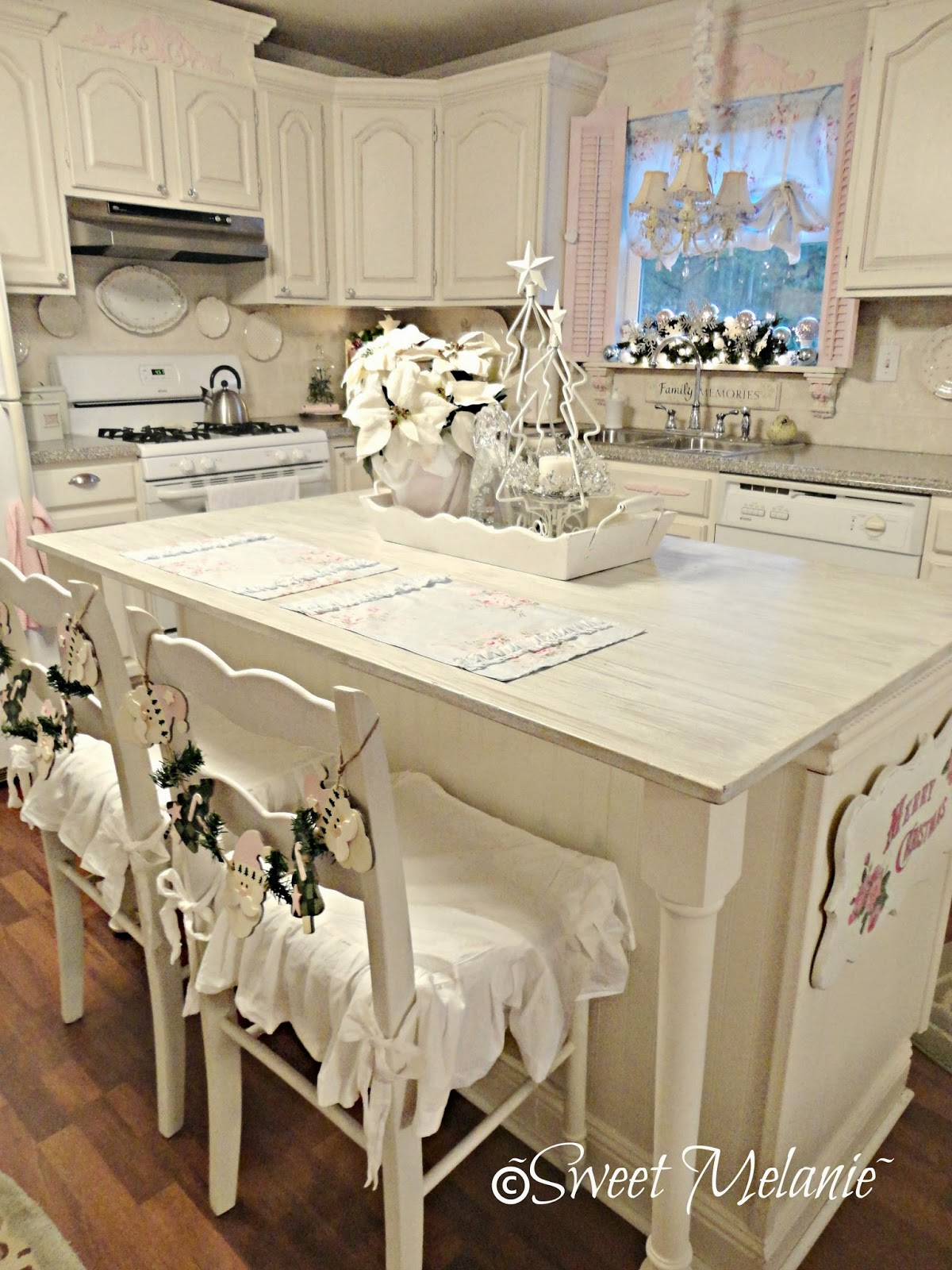 Sweet Melanie~: Our Christmas Kitchen