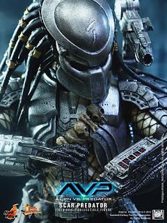 Hot Toys AVP Scar Predator 1/6 scale figure