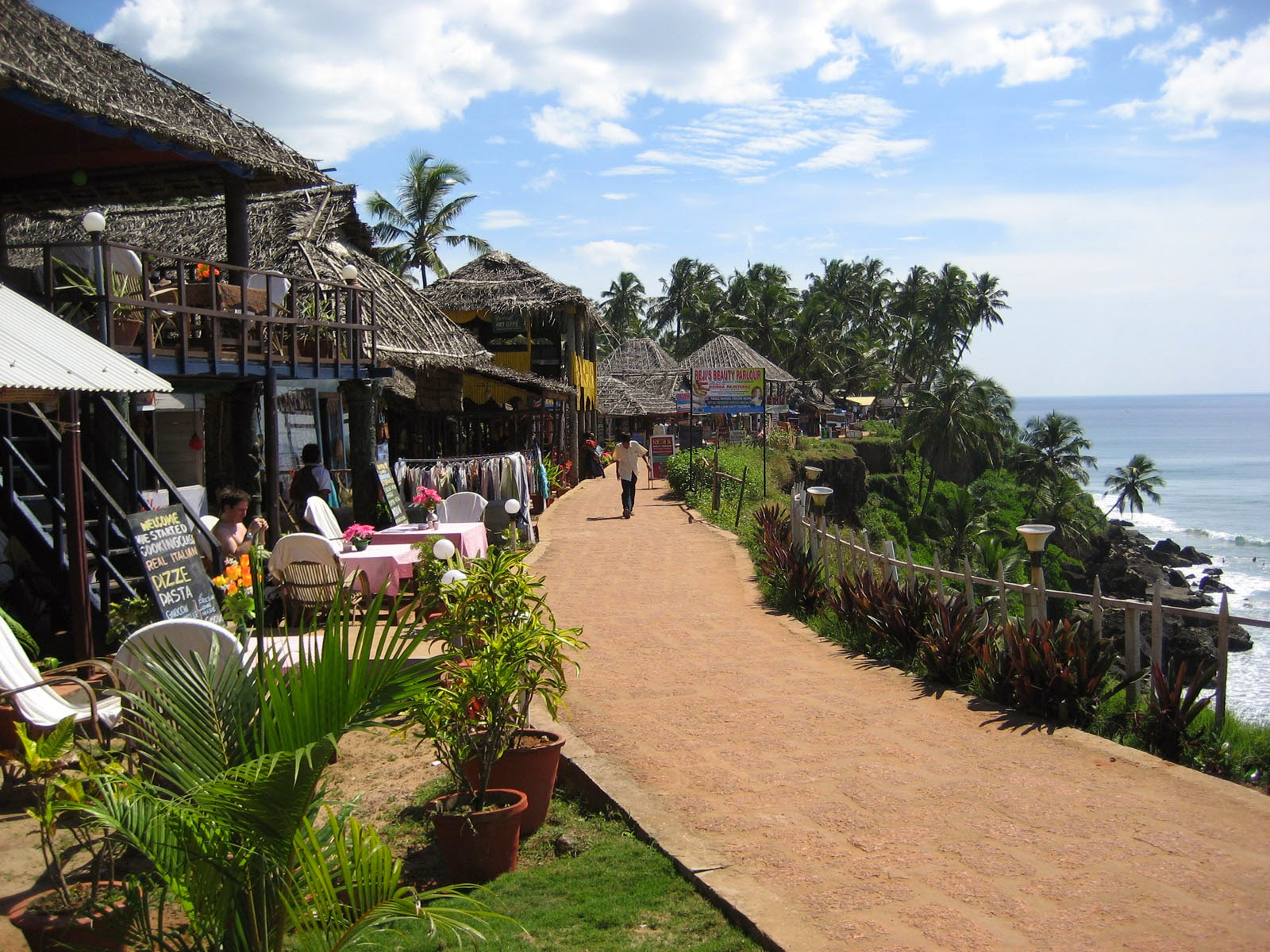Kerala Honeymoon Packages in Varkala