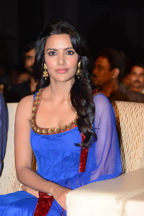priya anand latest photos