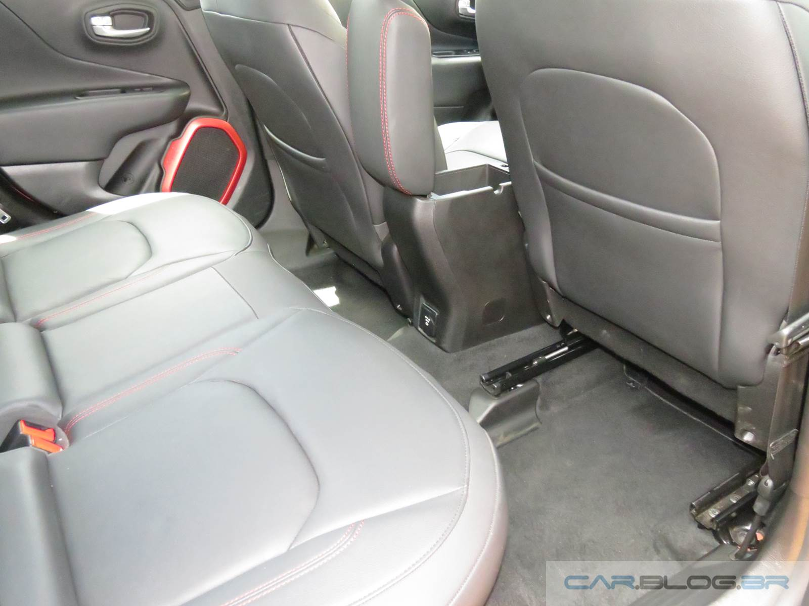 Jeep Renegade 4x4 Diesel Trailhawk - interior