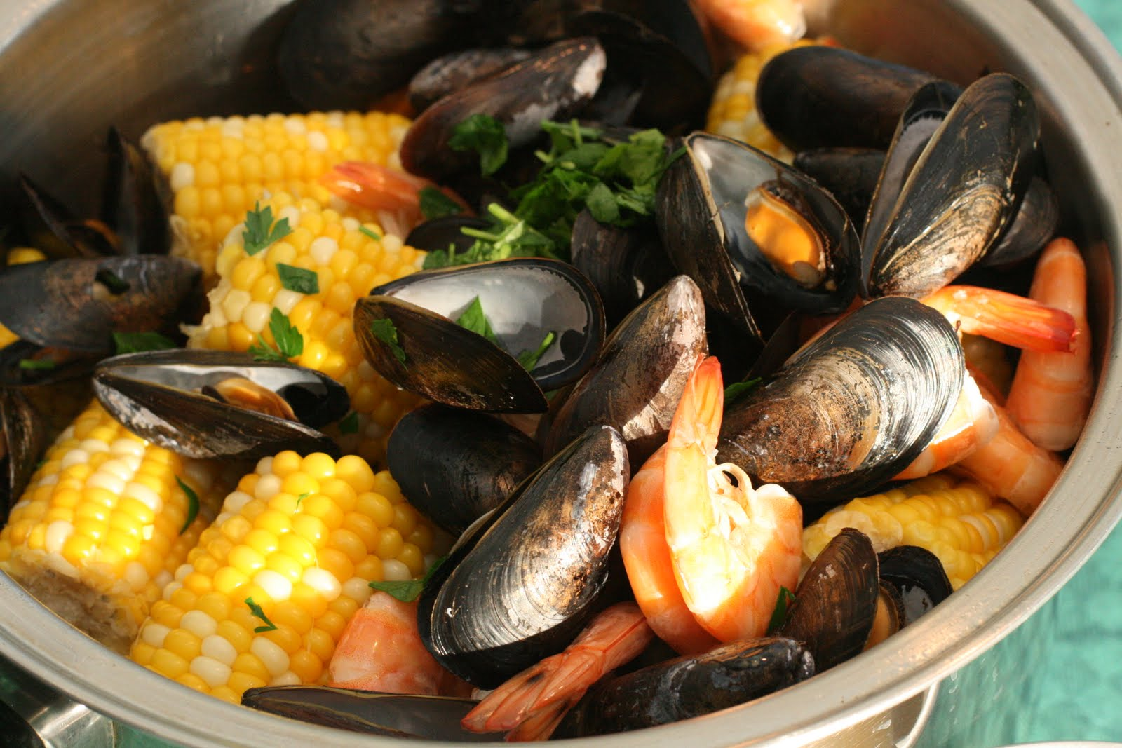 Stovetop Clambake: Getting out of my comfort zone
