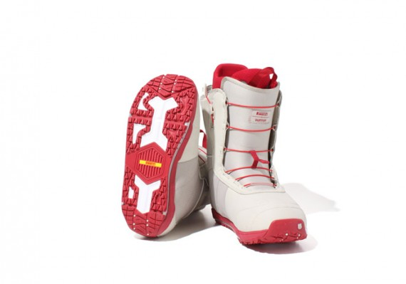 PIRELLI X BURTON ION SNOW BOOTS PIRELLI formulated a special rubber compound and tread patterns for the outsole of the PIRELLI X BURTON ION SNOW BOOTS, based on rubber used on their snow tires. As a result, PIRELLI X BURTON ION SNOW BOOTS is extremely grippy in snow and icy conditions,