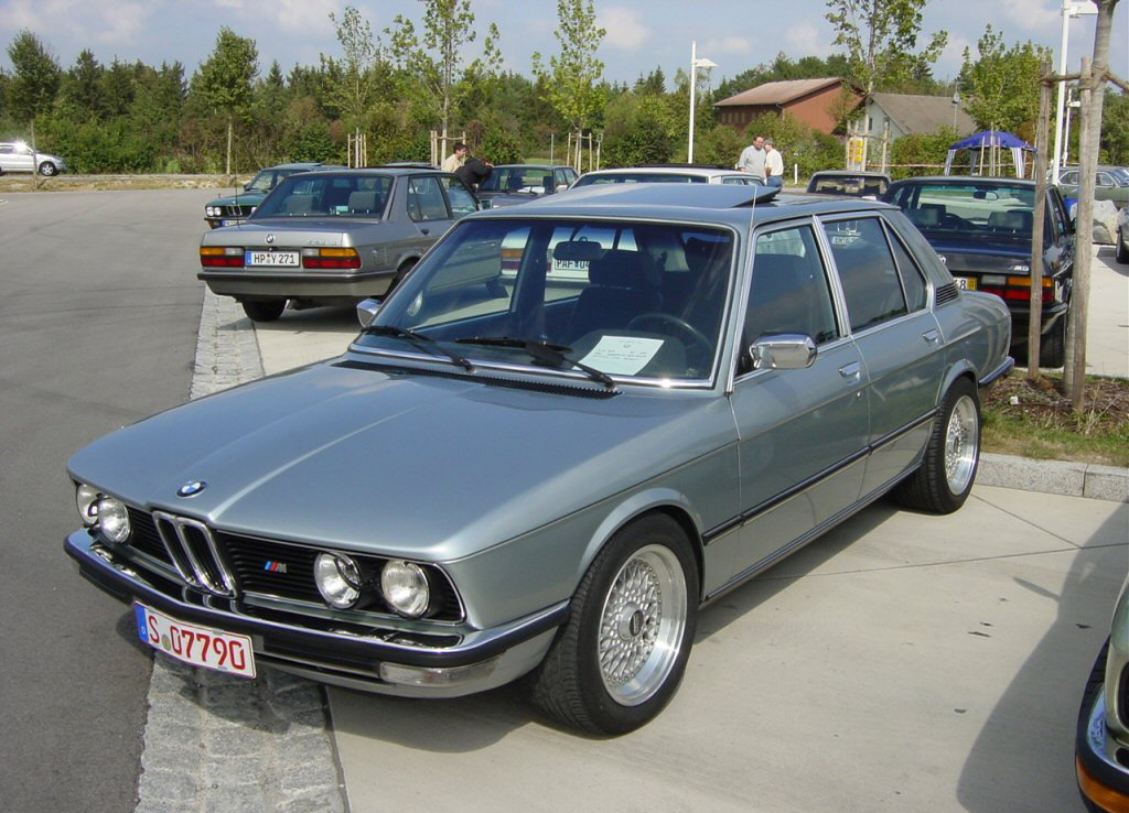 Automotive Database: BMW 5 Series (E12)