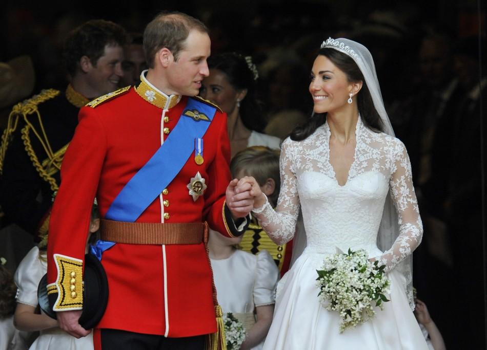 book report on queen elizabeth i