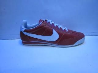 Sepatu Nike Jelly merah murah