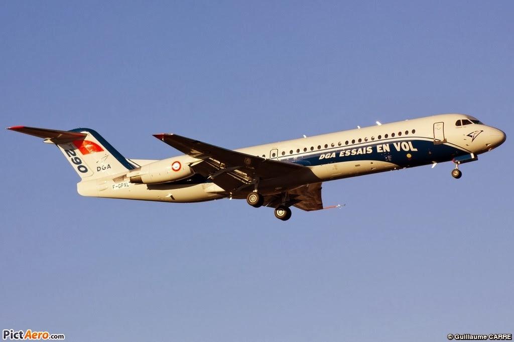Fokker 100 F-GPXL N°290