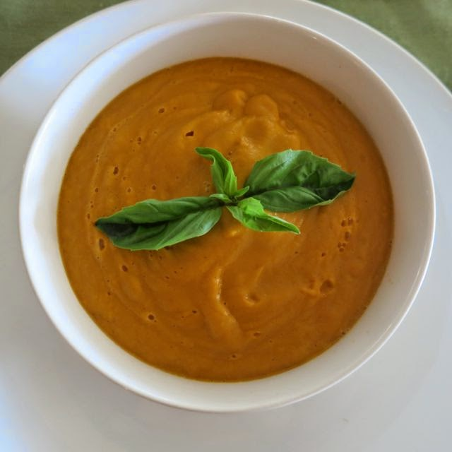 The Veracious Vegan: Roasted Red Pepper and Sweet Potato Soup